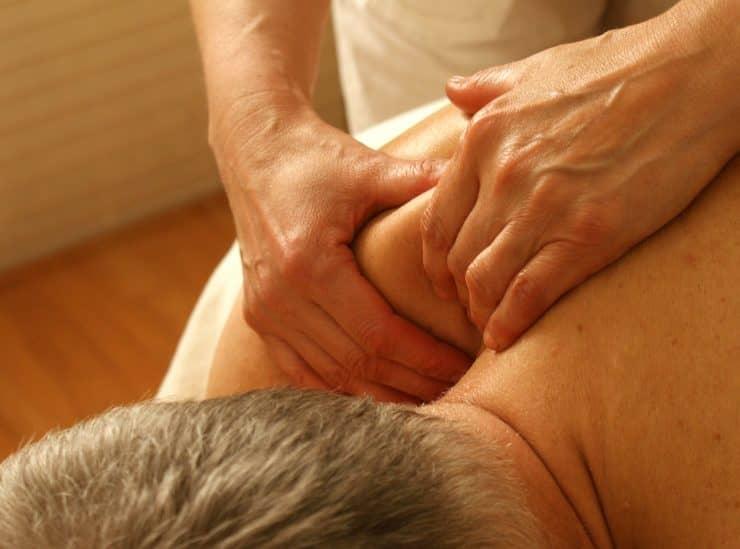 Massage unter Männern nicht unbedingt homosexuell